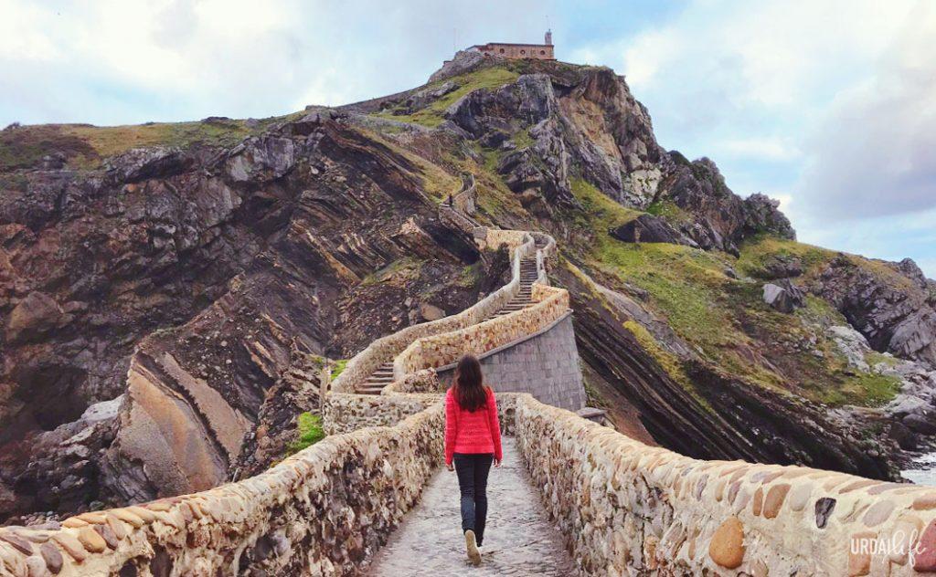 San Juan de Gaztelugatxe es mucho más que Rocadragon y Juego de Tronos